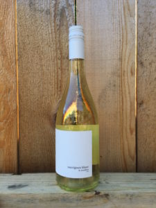sauv-blanc-smillon-organic-lock-and-worth